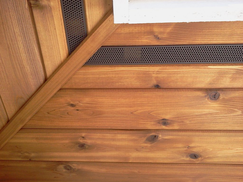 Cedar Soffit with aluminium soffit vent